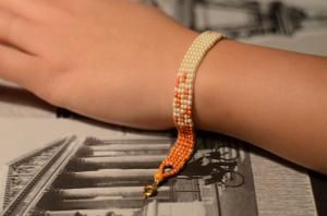 Bracelet sur mon poignet